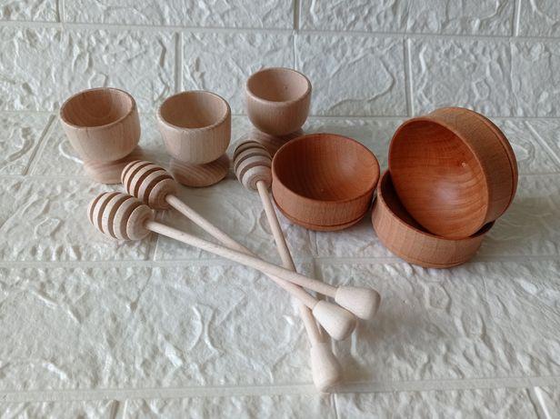 Сільнички, ложки для меду та підставки для яєць з натурального дерева