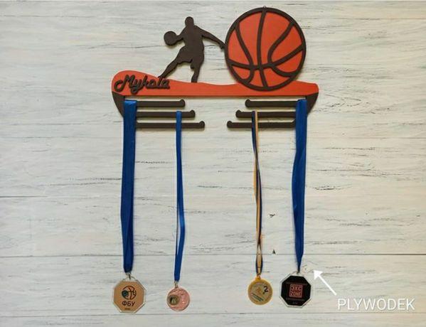 Медальницы для чемпионов.