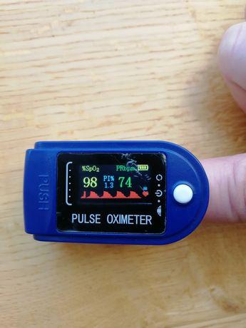 Pulsoksymetr napalcowy, czytelny wyświetlacz, dokładny pomiar,