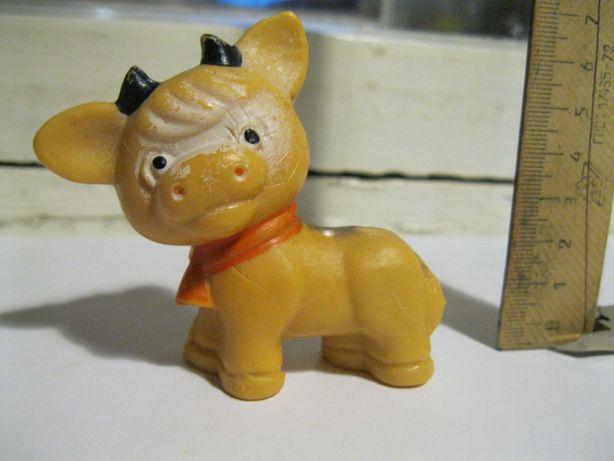 Резиновая игрушка теленок СССР