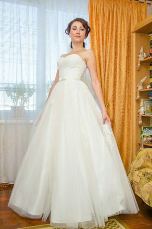 Продам свадебное платье Dominiss Berta