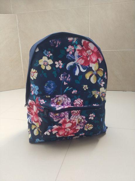 Plecak tornister nowy z metka szkolny kwiaty floral granatowy