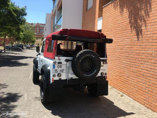 Land Rover Defender 90 2.5 TDi Metal Top