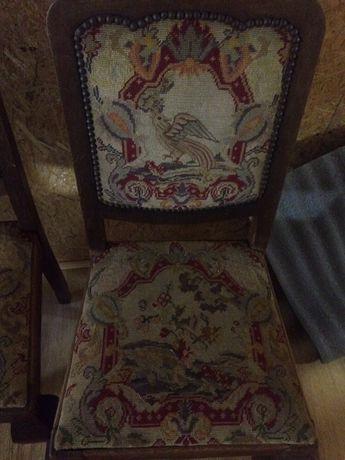Antyczne krzesla, drewniane !! Okazja