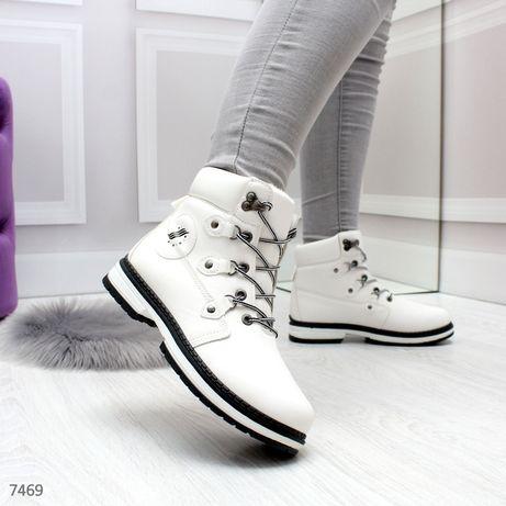 Акция! Женские белие ботинки в спортивном стиле на байке