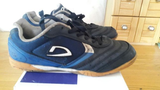 Demix кроссовки подростковые