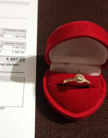 Pierścionek z różowego złota z brylantami ROZMIAR 19