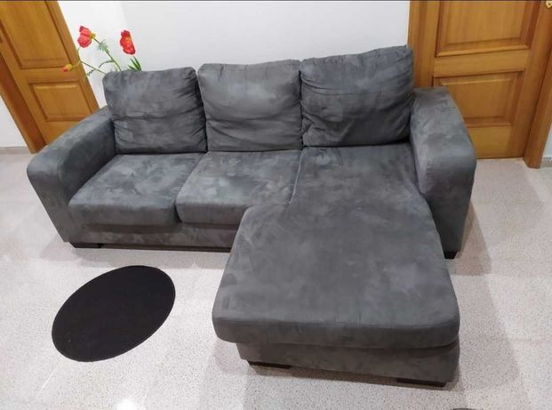Sofá chaise lounge cinzento