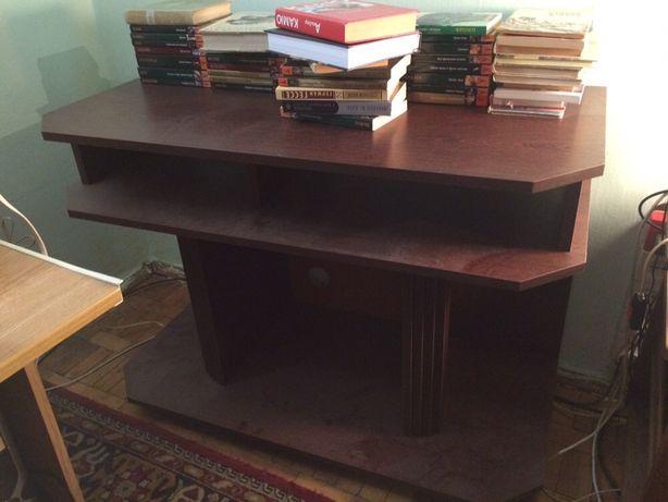 Срочно столик стол журнальный под телевизор
