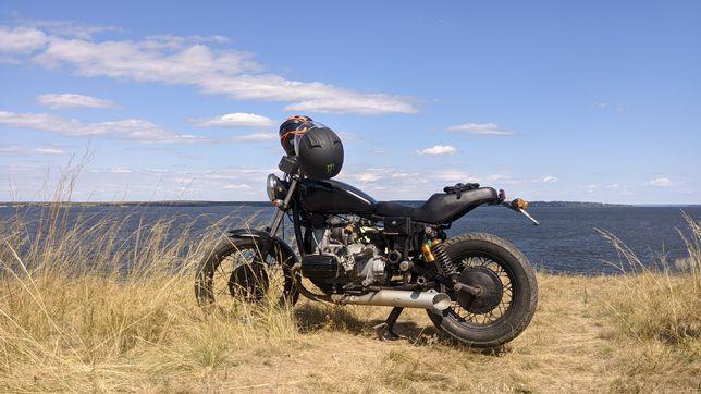 Срочно продаю Мотоцикл Днепр кастом