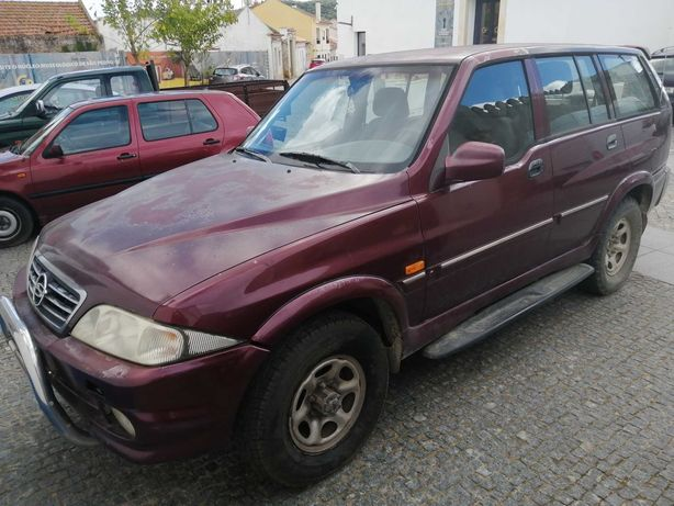 Vendo Jipe Ssangyong Musso Motor Mercedes, Diesel ano 2000 (1 avaria)