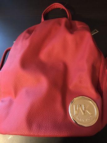 Plecak damski czerwony jak nowy