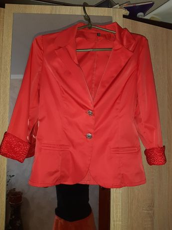 Женский пиджак S