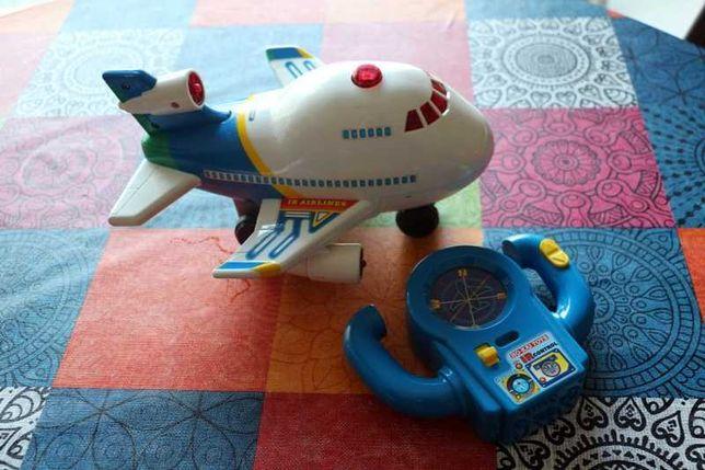 Avião com telecomando para criança +18m