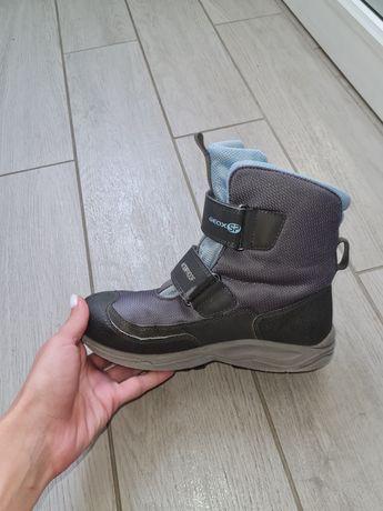 фирменные ботинки на мальчика geox