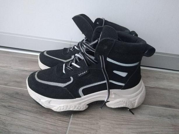 Теплі кросівки,кроссовки,демисезонні чоботи,ботинки деми