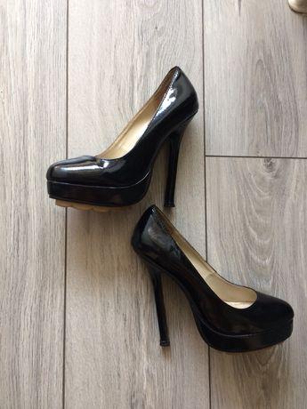 Туфли Каблы