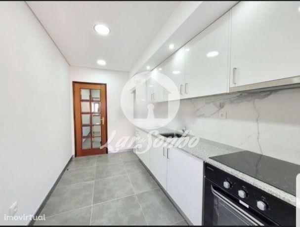 Excelente Apartamento T2 Para Arrendamento - Como Novo