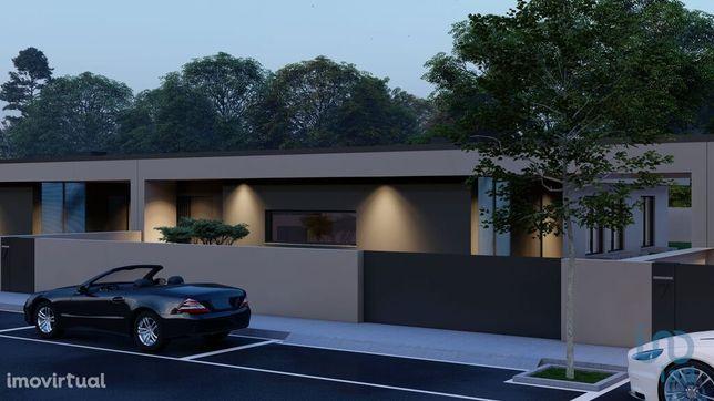 Moradia - 269 m² - T3