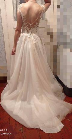 Свадебные/выпускное  платья