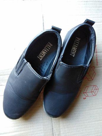 Дитячі туфлі на хлопчика, розмір 29, повномірні, в гарному стані!