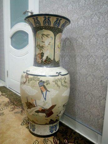 Великолепная ваза ручной работы