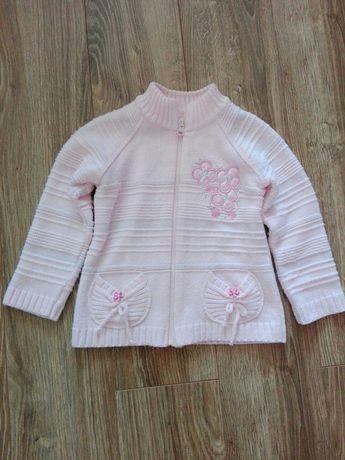Sweterek na dziewczynkę
