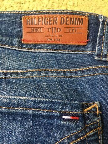 Oryginalne Spodnie damskie Tommy Hilfiger rozm. L