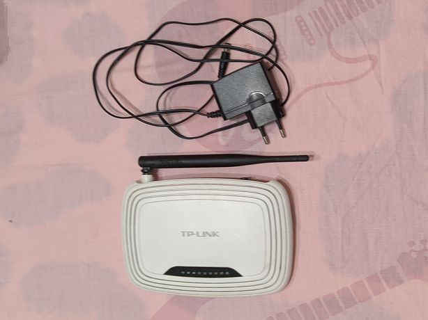 Роутер Wi-Fi TP-Link wr740n в отличном состоянии