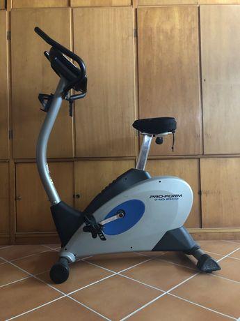 Bicicleta estática PRO-FORM 710 EKG