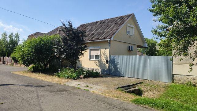 Продам будинок з земельною ділянкою, м.Мукачево