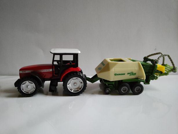 Traktor Massey Ferguson 9240 z prasą Krone + belka SIKU
