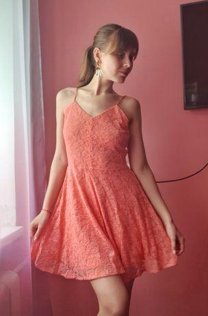 Ніжна сукня платье на бретелях платя
