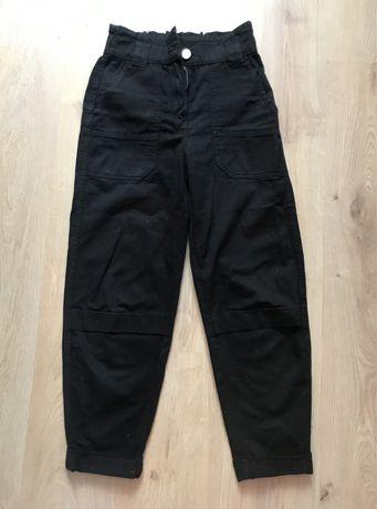 Черные брюки Bershka