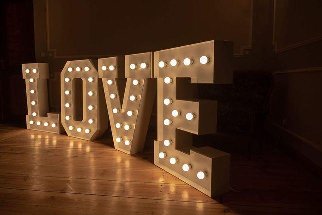 Napis LOVE - duży 120x400cm