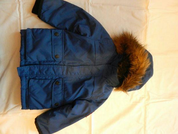 Продается детская курточка на мальчика на 3-4 года.