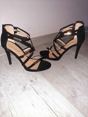 Czarne sandałki jenny fairy 39
