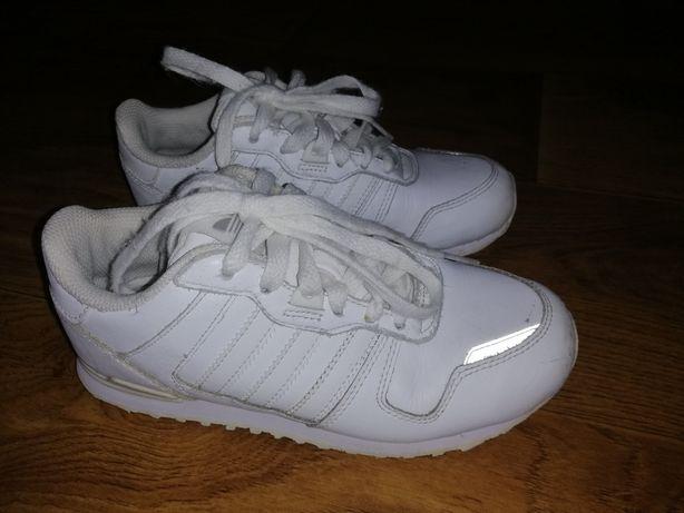 Кроссовки Adidas 21,5 см стелька оригинал