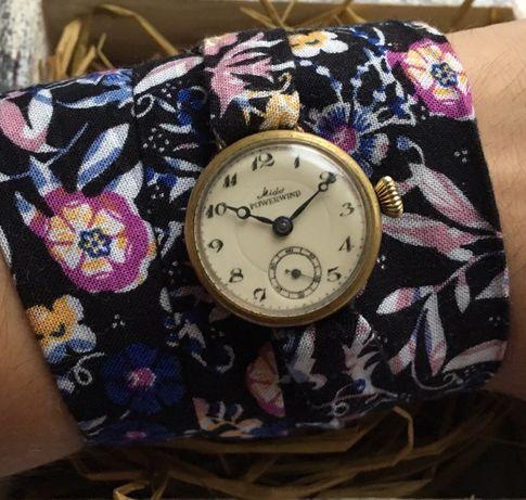 Женские наручные часы Mido 1950-х годов