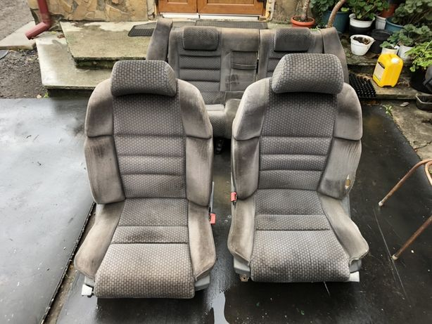 W123mercedes сидіння рекаро(ціна вказана за комплект)