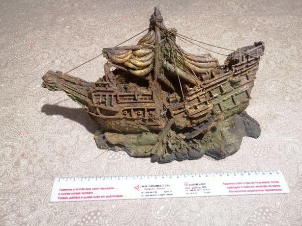 Barco para aquário