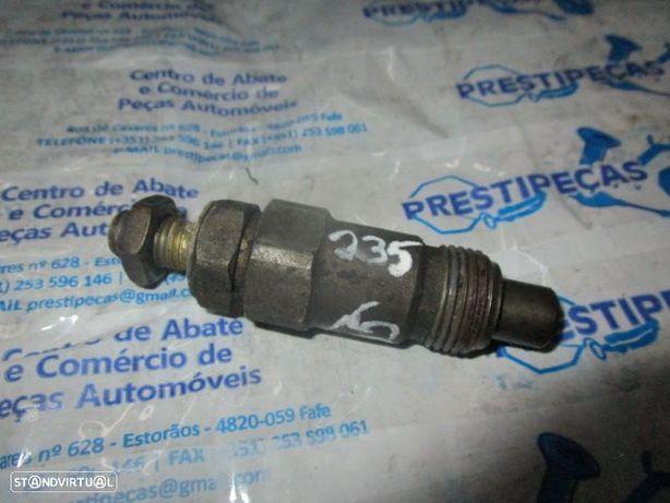 injector 710721 NISSAN / PATROL GR Y60 / 1996 / 2.8 TD / 115 CV /