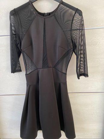 Czarna sukienka z siateczki