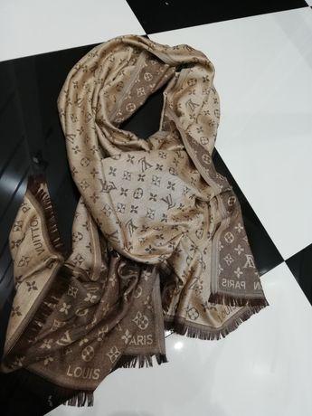 Piękny szał chusta Louis Vuitton monogram brąz beż klasyk
