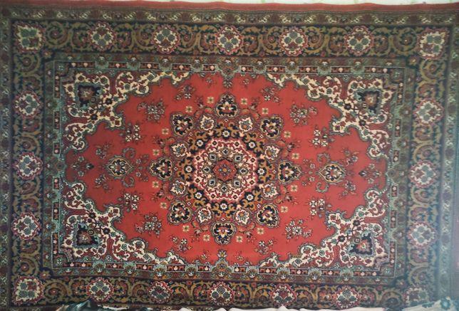 килими різних розмірів