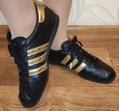 Кожаные кроссовки adidas, черные. Размер - 38.