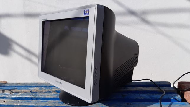 Монитор SAMSUNG SynsMaster 795 DF