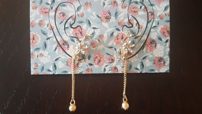 Avon kolczyki Shyla kwiaty złote