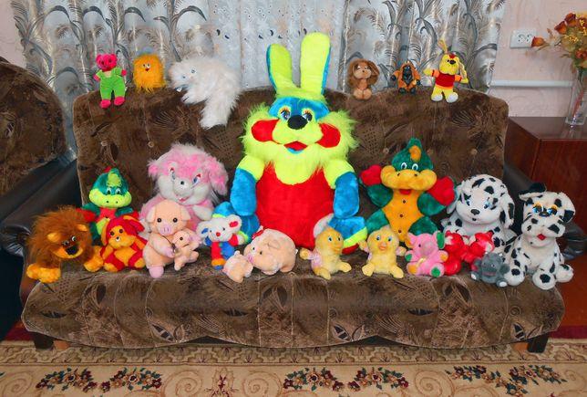 Дитячі мякі іграшки