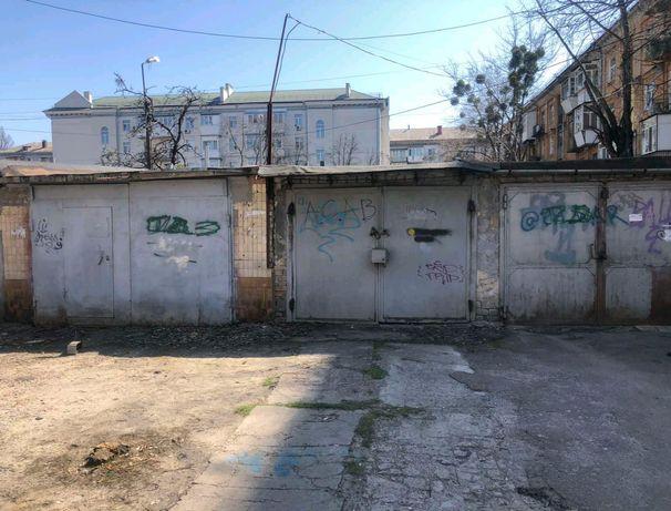Продам гараж метро Дарница.